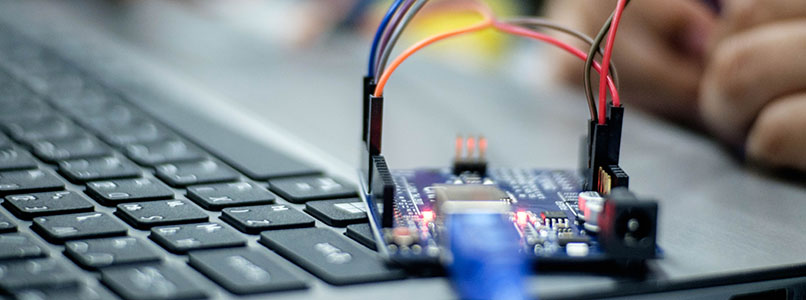 Deel 1: Basis programmeren met Arduino (90% e-learning)