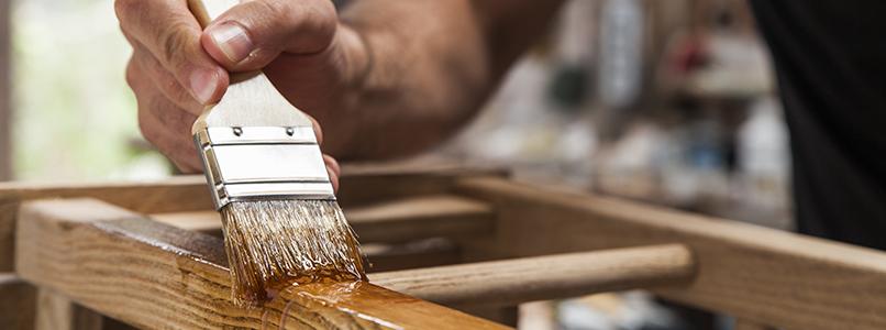 Deel 5: Vernissen, lazuren en beitsen op hout